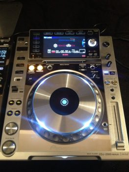 Pioneer Nexus Platinum Limited Edition  Package CDJ2000nxs, DJM900nxs, RMX1000.JPG