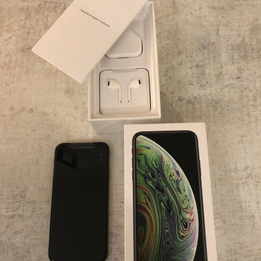 Apple iPhone XS 64gb Space Grey..jpg
