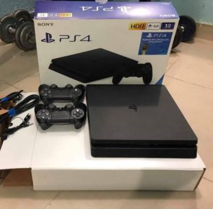 277ede7e7d8a81f2-Never-open-Brand-New-PlayStation-4-with-controller.jpg